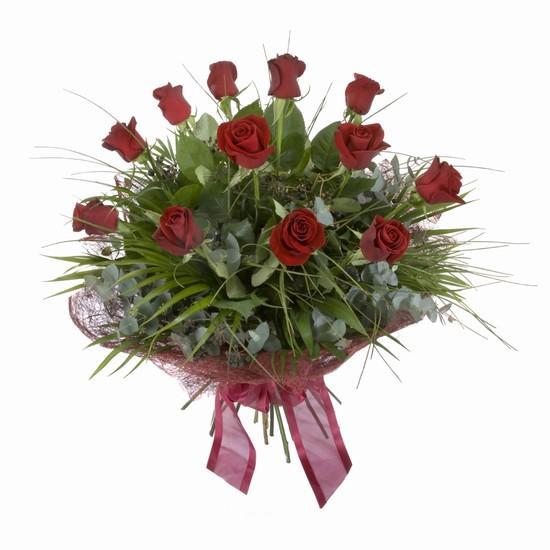 Etkileyici buket 11 adet kirmizi gül buketi  İstanbul Ümraniye internetten çiçek satışı