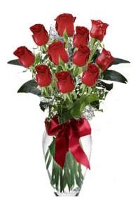 11 adet kirmizi gül vazo mika vazo içinde  İstanbul Ümraniye 14 şubat sevgililer günü çiçek