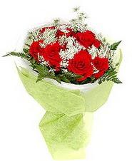 İstanbul Ümraniye çiçek , çiçekçi , çiçekçilik  7 adet kirmizi gül buketi tanzimi