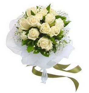İstanbul Ümraniye online çiçekçi , çiçek siparişi  11 adet benbeyaz güllerden buket