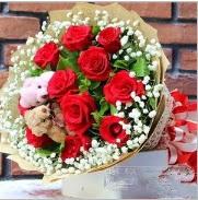 7 adet kırmızı gül 2 adet 10 cm ayı buketi  İstanbul Ümraniye çiçek siparişi vermek