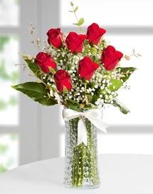 Cam vazoda 7 adet kırmızı gül  İstanbul Ümraniye çiçek , çiçekçi , çiçekçilik
