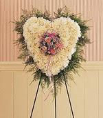 İstanbul Ümraniye çiçek siparişi sitesi  kalp pano beyaz karanfillerden