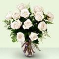 İstanbul Ümraniye anneler günü çiçek yolla  beyaz güller cam yada mika vazo