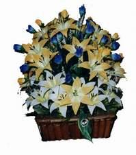 yapay karisik çiçek sepeti   İstanbul Ümraniye çiçek gönderme