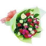 12 adet renkli gül buketi   İstanbul Ümraniye çiçek gönderme sitemiz güvenlidir