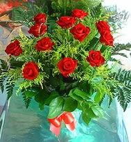 12 adet gül buketi  İstanbul Ümraniye anneler günü çiçek yolla