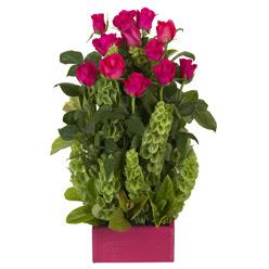 12 adet kirmizi gül aranjmani  İstanbul Ümraniye çiçek mağazası , çiçekçi adresleri