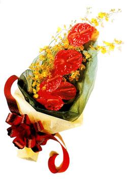 özel 5 adet antorium buketi   İstanbul Ümraniye çiçek gönderme sitemiz güvenlidir