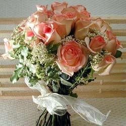 12 adet sonya gül buketi    İstanbul Ümraniye çiçek gönderme