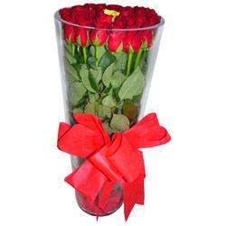 İstanbul Ümraniye çiçek online çiçek siparişi  12 adet kirmizi gül cam yada mika vazo tanzim