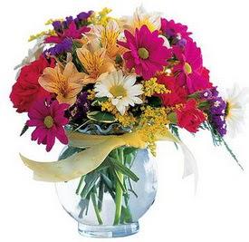 İstanbul Ümraniye internetten çiçek satışı  cam yada mika içerisinde karisik mevsim çiçekleri