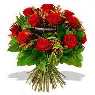 9 adet kirmizi gül ve kir çiçekleri  İstanbul Ümraniye internetten çiçek satışı