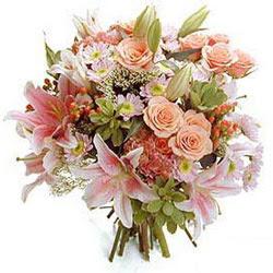 İstanbul Ümraniye çiçek gönderme sitemiz güvenlidir  Karisik kir çiçeklerinden görsel demet
