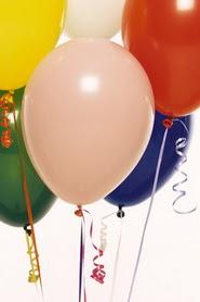 İstanbul Ümraniye hediye çiçek yolla  19 adet renklis latex uçan balon buketi