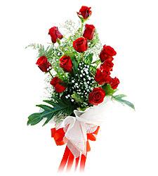11 adet kirmizi güllerden görsel sölen buket  İstanbul Ümraniye çiçek siparişi vermek