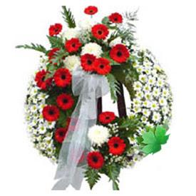 Cenaze çelengi cenaze çiçek modeli  İstanbul Ümraniye uluslararası çiçek gönderme