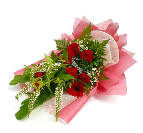 Karisik çiçek buketi mevsim buket  İstanbul Ümraniye çiçek siparişi sitesi