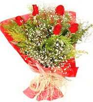 İstanbul Ümraniye anneler günü çiçek yolla  5 adet kirmizi gül buketi demeti