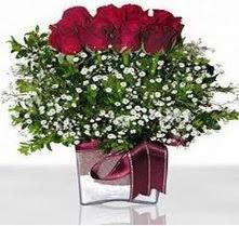İstanbul Ümraniye internetten çiçek satışı  mika yada cam vazo içerisinde 7 adet gül