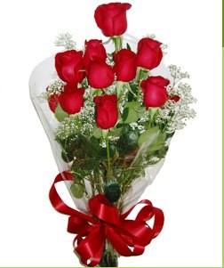 İstanbul Ümraniye uluslararası çiçek gönderme  10 adet kırmızı gülden görsel buket
