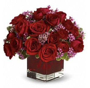 11 adet kırmızı gül vazosu  İstanbul Ümraniye çiçekçiler