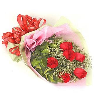 İstanbul Ümraniye çiçek , çiçekçi , çiçekçilik  6 adet kırmızı gülden buket