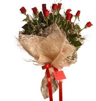 İstanbul Ümraniye çiçek servisi , çiçekçi adresleri  10 adet kırmızı gülden görsel buket