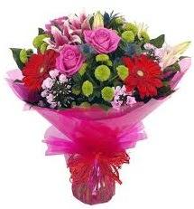 Karışık mevsim çiçekleri demeti  İstanbul Ümraniye online çiçek gönderme sipariş