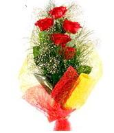 5 li kırmızı gül buketi  İstanbul Ümraniye internetten çiçek satışı