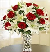 12 adet kırmızı gül 2 dal kazablanka vazosu  İstanbul Ümraniye çiçek satışı