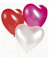 25 adet renkli kalp balon uçan balon buketi