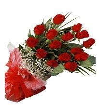 15 kırmızı gül buketi sevgiliye özel  İstanbul Ümraniye çiçek gönderme sitemiz güvenlidir