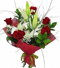 1 dal kazablanka 5 kırmızı gül buketi  İstanbul Ümraniye kaliteli taze ve ucuz çiçekler
