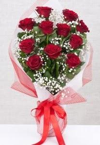 11 kırmızı gülden buket çiçeği  İstanbul Ümraniye 14 şubat sevgililer günü çiçek