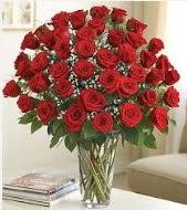 Cam vazoda 51 kırmızı gül süper indirimde  İstanbul Ümraniye uluslararası çiçek gönderme
