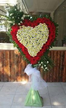 Düğün Nikah pano özel tanzimi  İstanbul Ümraniye internetten çiçek satışı