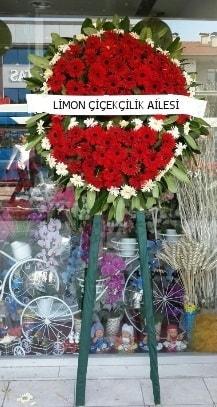 Cenaze çelenk çiçeği modeli  İstanbul Ümraniye kaliteli taze ve ucuz çiçekler