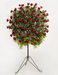 71 adet kırmızı gülden ferförje çiçeği  İstanbul Ümraniye çiçekçi mağazası
