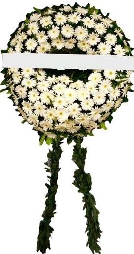 Cenaze çiçekleri modelleri  İstanbul Ümraniye internetten çiçek siparişi