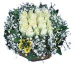 İstanbul Ümraniye çiçekçiler  Beyaz harika bir gül sepeti