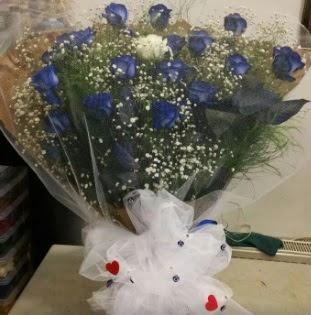 Mavi güllerden kız isteme buket çiçeği  İstanbul Ümraniye internetten çiçek siparişi