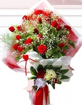 Kız isteme buketi çiçeği 41 güllü  İstanbul Ümraniye İnternetten çiçek siparişi