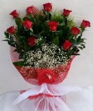 11 adet kırmızı gülden görsel çiçek  İstanbul Ümraniye çiçek satışı