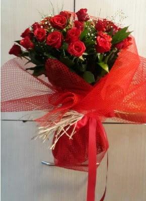 Kız isteme çiçeği söz nilşan buketi 41 li  İstanbul Ümraniye çiçek gönderme