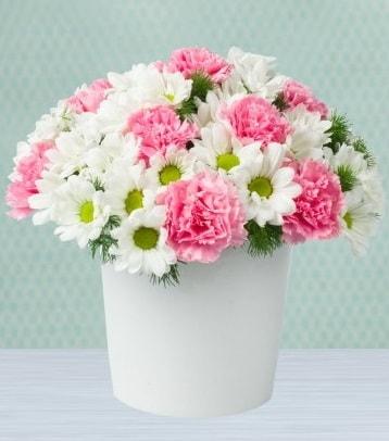 Seramik vazoda papatya ve kır çiçekleri  İstanbul Ümraniye çiçek siparişi sitesi