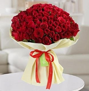 101 adet kırmızı gül buketi koca demet  İstanbul Ümraniye internetten çiçek siparişi