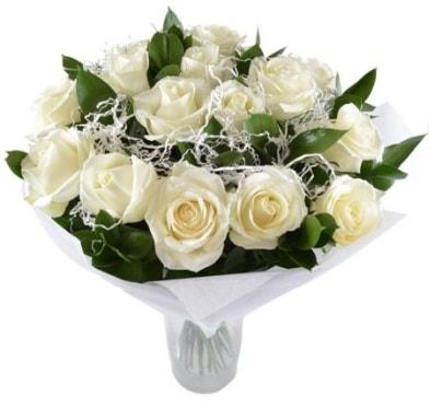 15 beyaz gül buketi sade aşk  İstanbul Ümraniye çiçek satışı