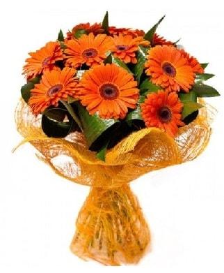 11 adet turuncu gerbera buketi  İstanbul Ümraniye çiçekçiler